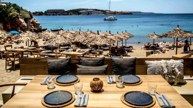 Krabo: Εστιατόριο beach bar Καβούρι