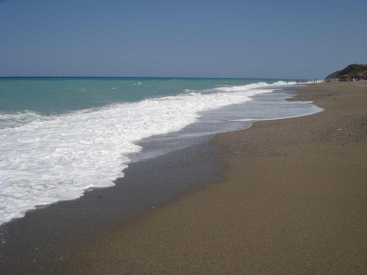 Παραλία Μουρτερή, Εύβοια