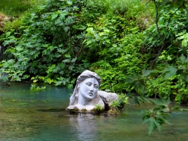 Το πιο παράξενο μαντείο της αρχαιότητας βρισκόταν στην Έρκυνα,το θηλυκό ποτάμι της Λιβαδειάς!!!(photos)