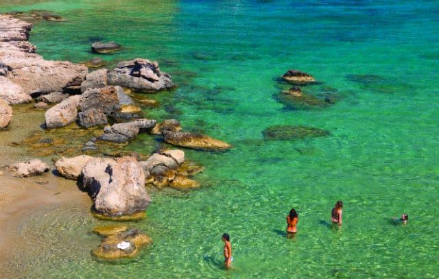 Παραλία Αµπελάς, Πάρος