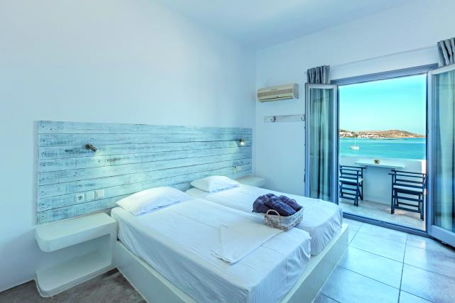 Madaky Sea View Rooms Πάρος