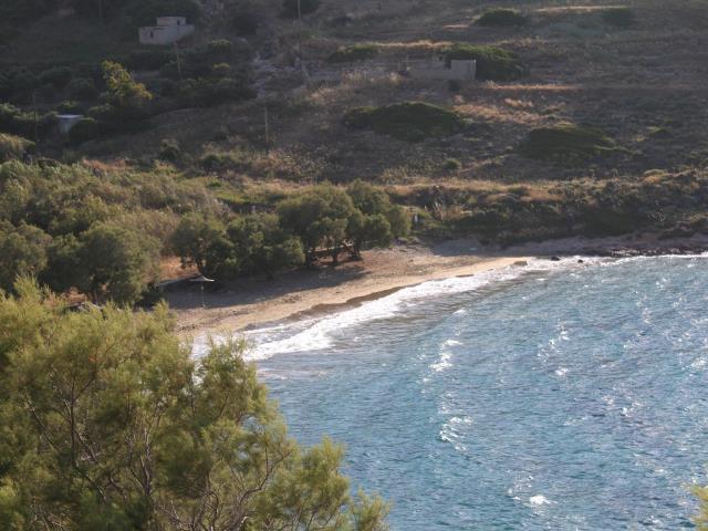 Παραλία Λωτός, Σύρος