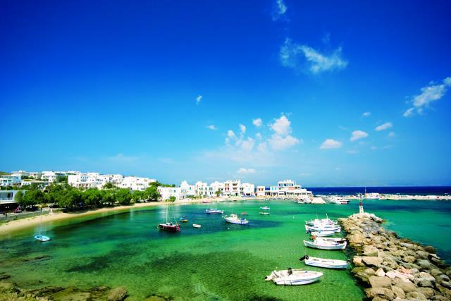 Παραλία Πίσω Λιβάδι, Πάρος