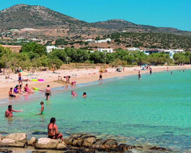 Παραλία Πίσω Αλυκή, Πάρος