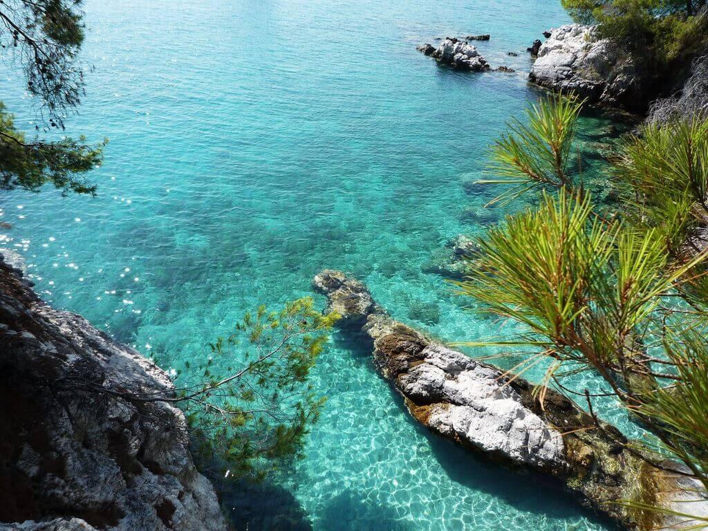 Σκόπελος, Ελλάδα