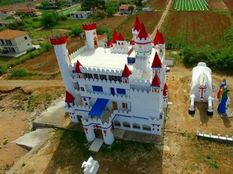 Το ξεχασμένο «Κάστρο των Παραμυθιών» στην Ελλάδα που θυμίζει Disneyland!