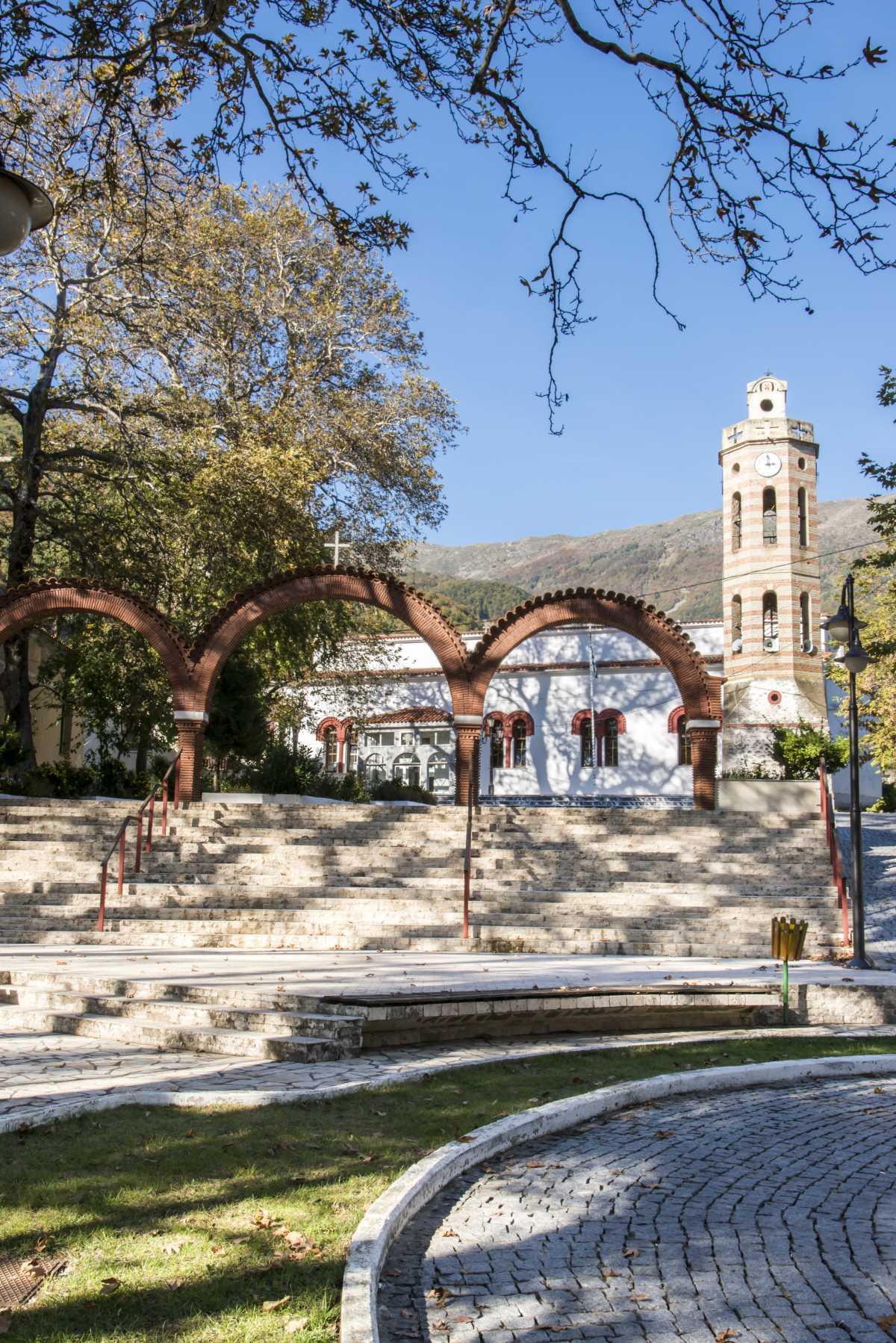 Άνω Πορόια, Σέρρες, εκκλησία