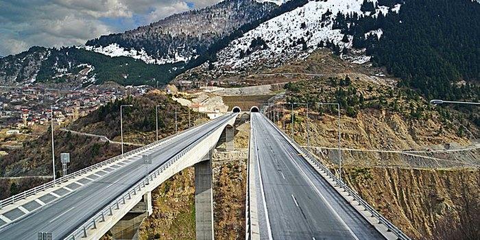 8 οδικές διαδρομές στην Ελλάδα που θα σας μείνουν αξέχαστες! Απίστευτα τοπία και ανεξερεύνητη ομορφιά...