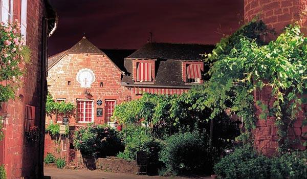 Collonges-la-Rouge: To...«κόκκινο» μεσαιωνικό χωριό της Γαλλίας!