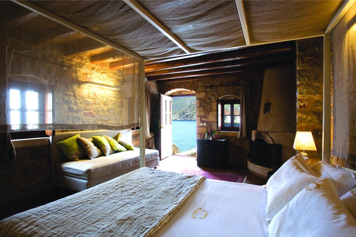 Kyrimai, Μάνη - ιστορικά ξενοδοχεία