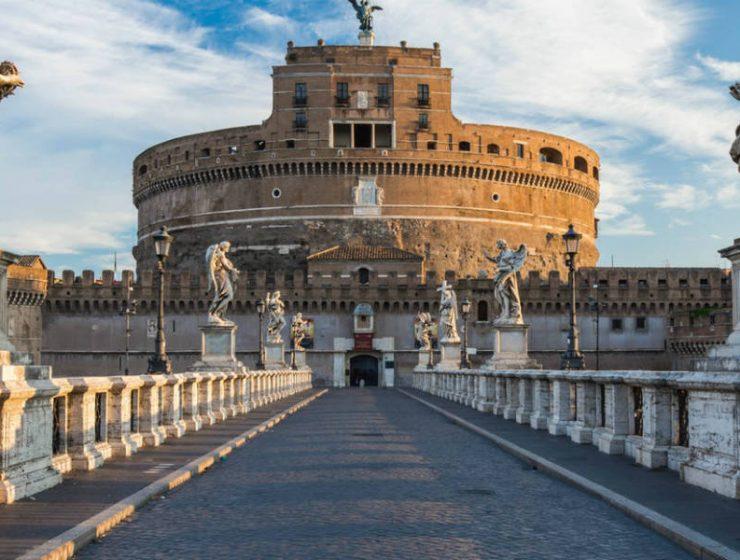 Το εντυπωσιακό κάστρο των αγγέλων στη Ρώμη