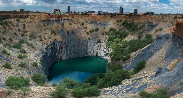 Big Hole Αφρική