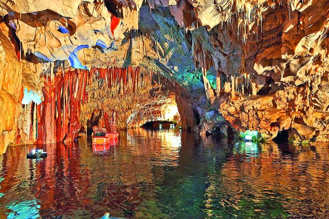Σπήλαιo Διρού Μάνη