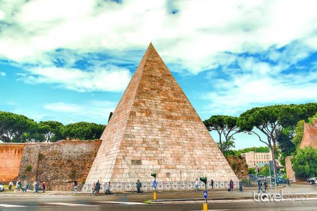 Πυραμίδα, Ρώμη