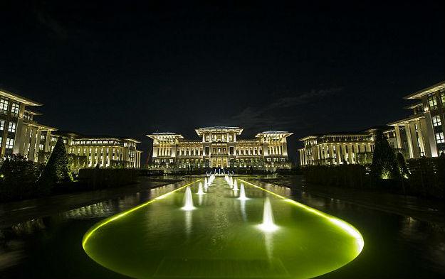 Ερντογάν: Ο 'τύραννος' με ένα παλάτι 30 φορές μεγαλύτερο από τον Λευκό Οίκο με κόστος  £ 500 εκατομμύρια