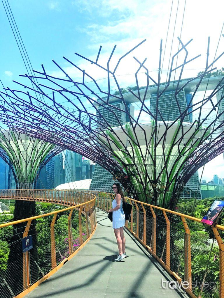 titi Velopoulou Singapore