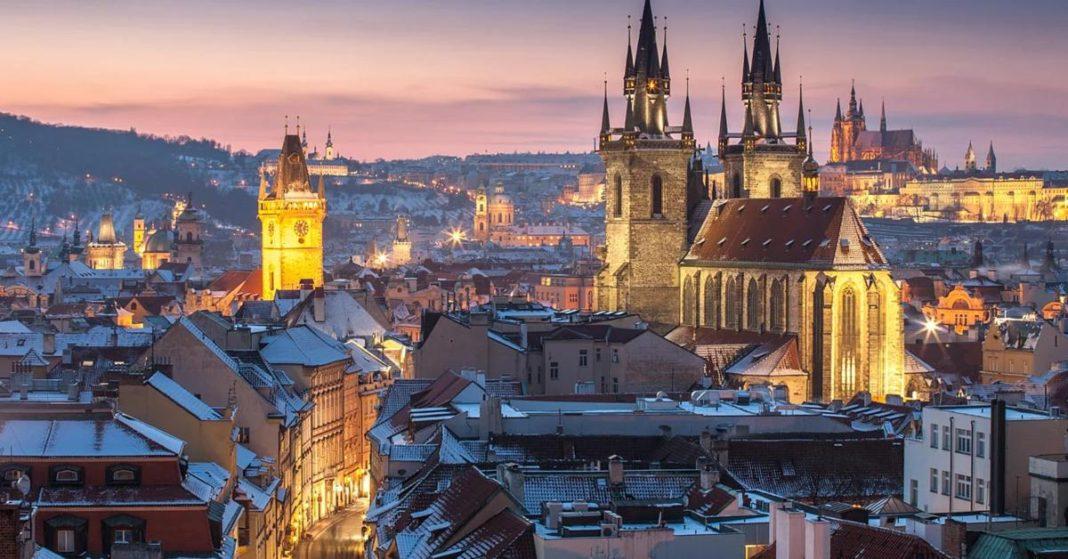 Το μεγαλύτερο κάστρο του κόσμου είναι αυτό της Πράγας