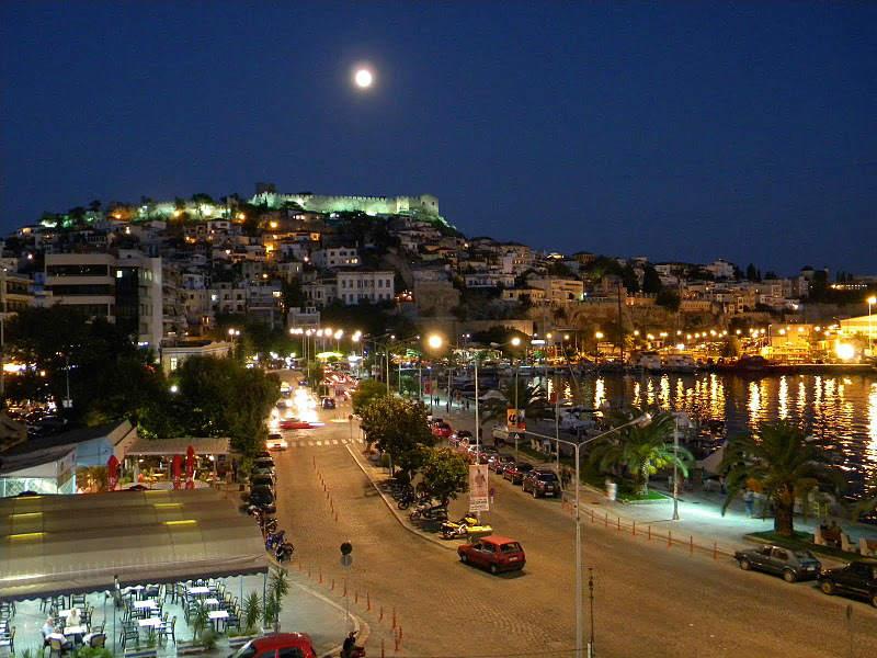 Καβάλα: 4 λόγοι που την κάνουν την πιο ερωτεύσιμη πόλη της ανατολικής Μακεδονίας