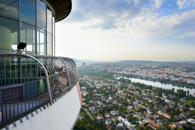 Πύργος του Δούναβη, Βιέννη