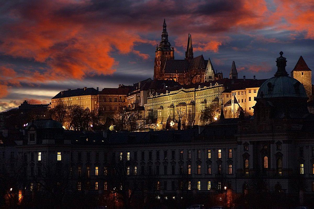 Κάστρο Πράγας, νύχτα