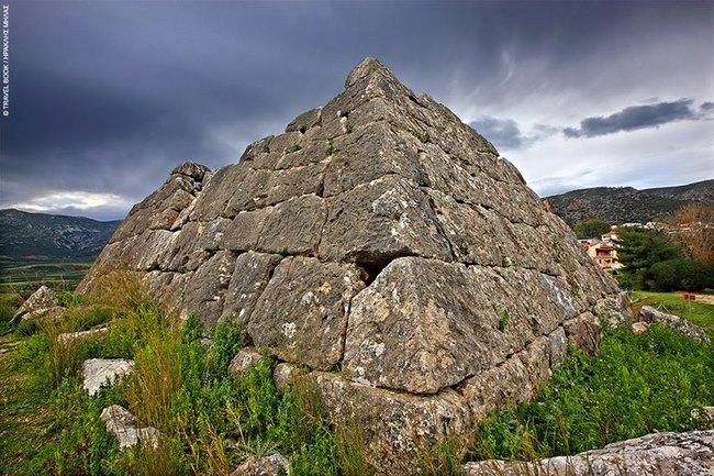 piramides ellada