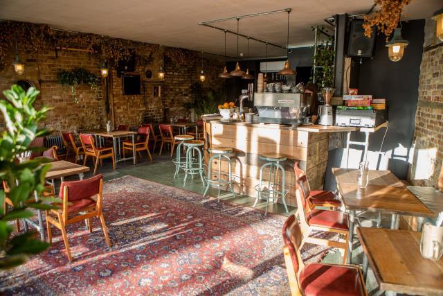 Rehab Hackney, Λονδίνο καφετέρια