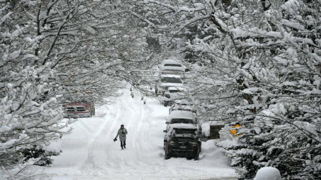 Χιονισμένες πόλεις στον κόσμο όπως το Ντένβερ