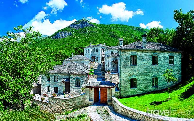 Ζαγοροχώρια: Διαλέξτε χωριό και σας βρίσκουμε τους πιο χουχουλιάρικους ξενώνες!