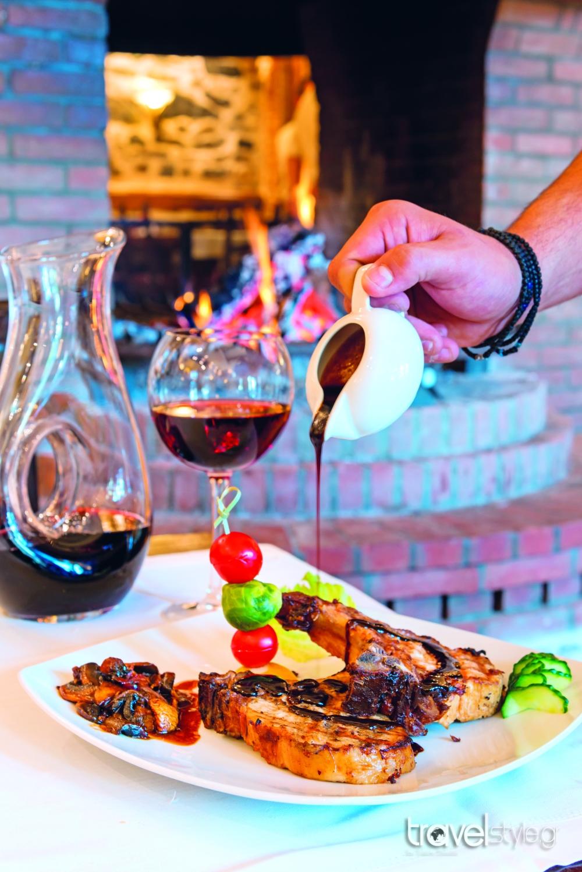 Άγιος Αθανάσιος: Tα πιο γευστικά ταβερνάκια του!