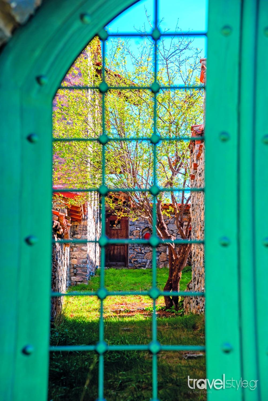 """Άγιος Αθανάσιος: Ένα χωριό """"διαμάντι"""" με αλπική ομορφιά που πρέπει να ανακαλύψετε!"""
