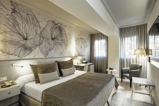 Salles Hotel Pere IV δωμάτιο 2