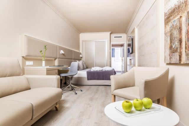 Salles Hotel Pere IV δωμάτιο 5