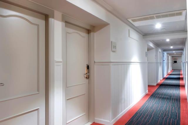 Salles Hotel Pere IV διάδρομοι