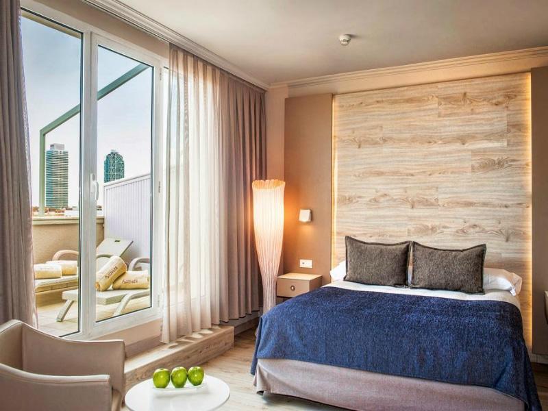Book now για Βαρκελώνη σε deluxe δίκλινο & σπα σε ξενοδοχείο 4 αστέρων μόλις €40 το άτομο το βράδυ!