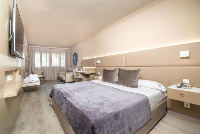 Salles Hotel Pere IV δωμάτιο 3
