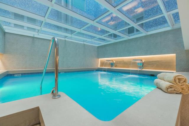 Salles Hotel Pere IV πισίνα