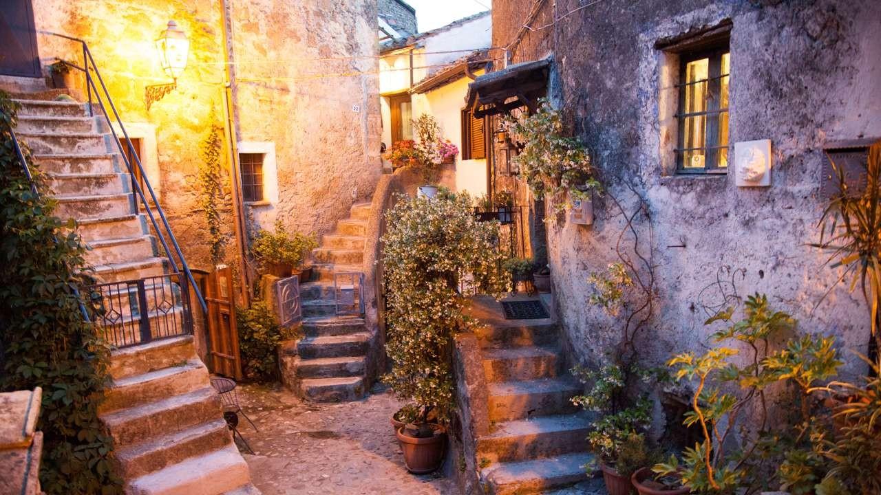 Πόλεις και χωριά με απίστευτη θέα που θα σας μαγέψει!