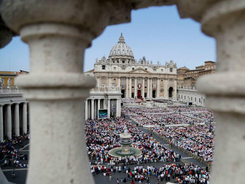 Αποκάλυψη! Τι κρύβεται κάτω από το Βατικανό; Η «κατάρα» και οι «περίεργες» συμπτώσεις!