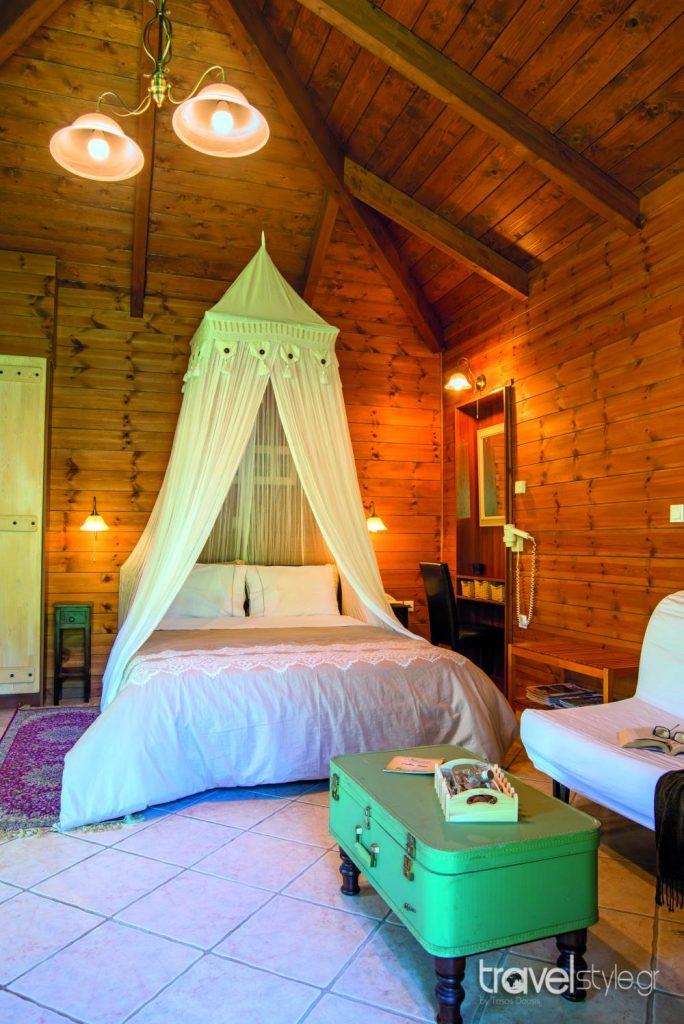 Ninemia hotel : Στην κορυφή της βαθμολογίας με άριστα 10, των σχολίων σε Διεθνή πλατφόρμα κρατήσεων ( της Booking.com)