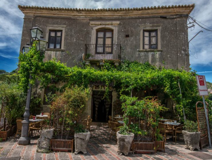 «Ο Νονός»: Βρήκαμε το θρυλικό μπαρ της ταινίας στη Σικελία!