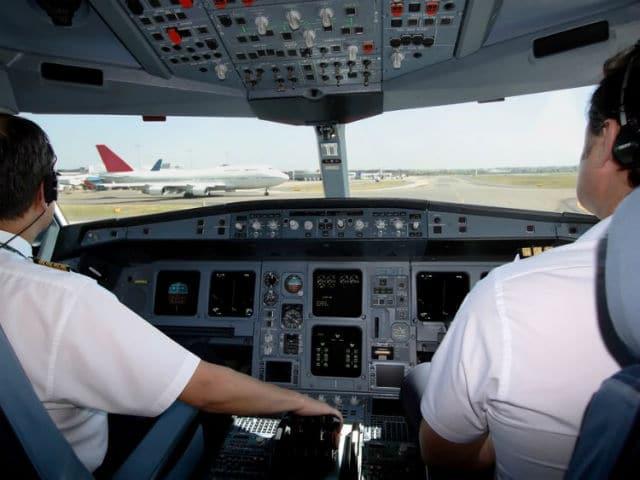 Πιλότος - πιλοτήριο