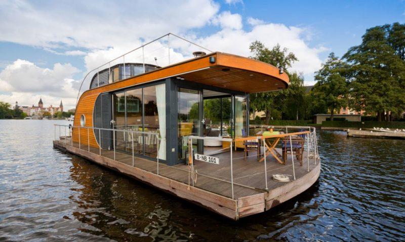 Ένα άκρως εντυπωσιακό πλωτό σπίτι που θα θέλαμε να μένουμε εκεί!