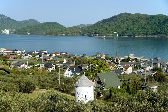 """Το """"νησί της ελιάς"""" στην Ιαπωνία θυμίζει έντονα… Ελλάδα!"""