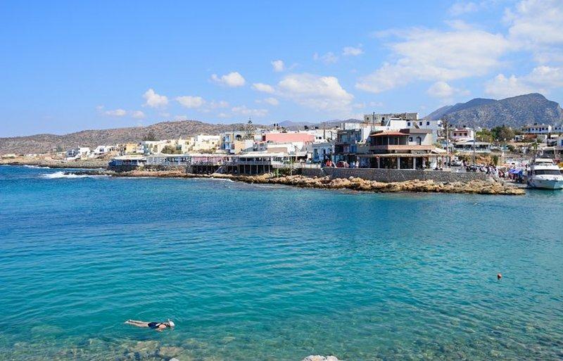 Σίσι, το όμορφο γραφικό ψαροχώρι της Κρήτης