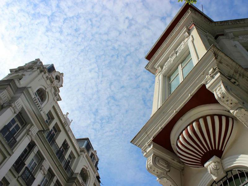 Θεσσαλονίκη: Περιήγηση σε ιστορικές στοές και κτήρια της πόλης