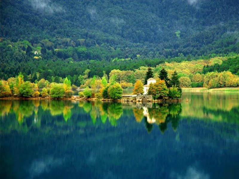 Ωραία μυστικά χωριουδάκια για την Καθαρά Δευτέρα μόλις δύο ωρίτσες από την Αθήνα