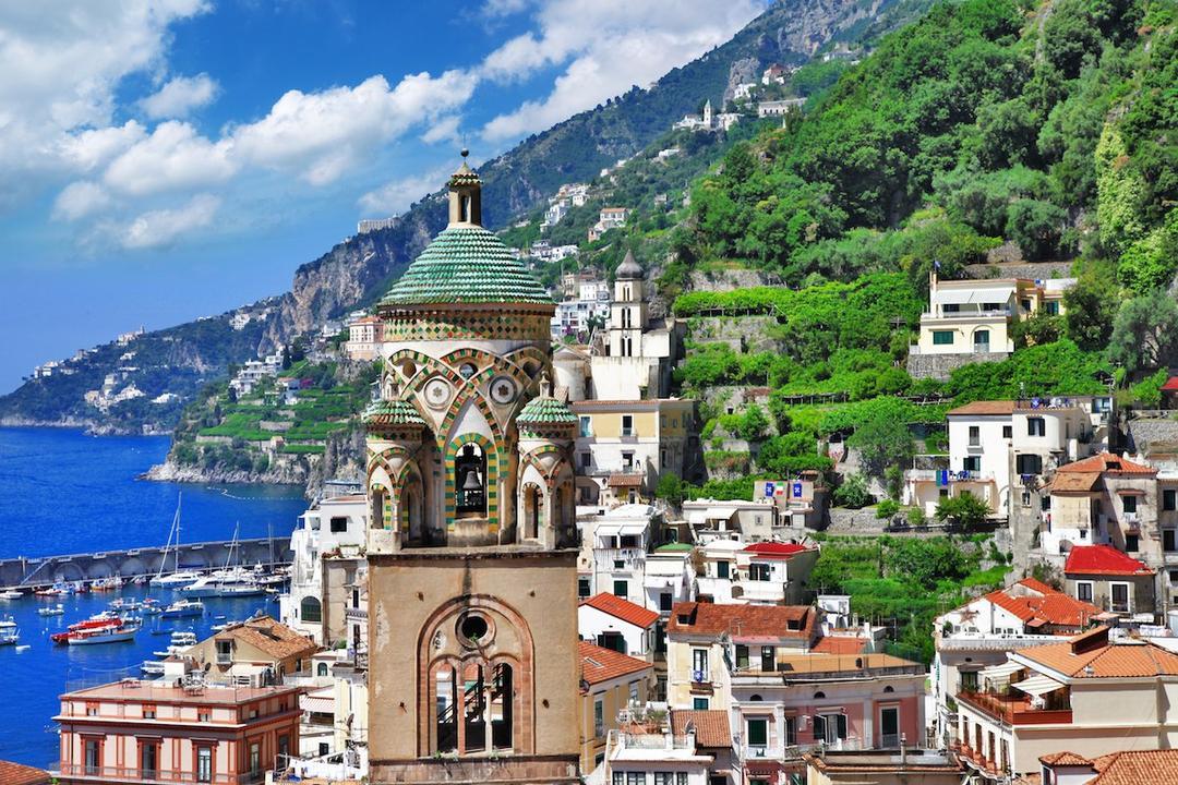 Τα top 10 μέρη της Ιταλίας: Πολύχρωμα σπίτια και κόλποι με τυρκουάζ νερά