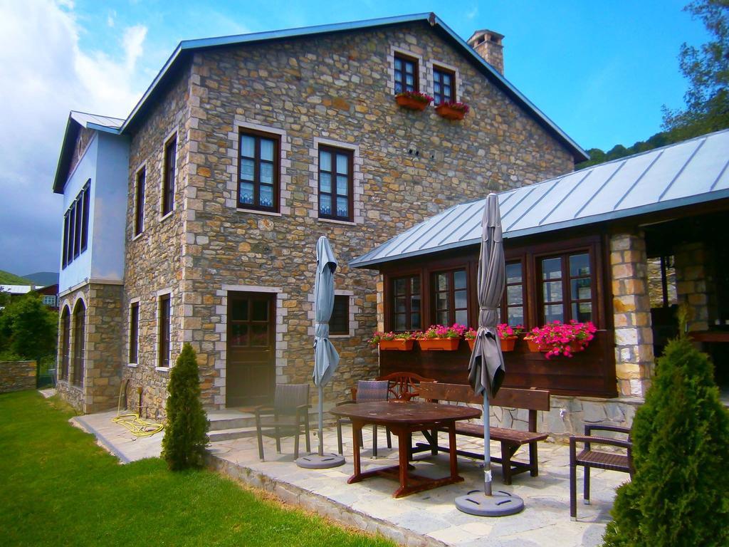 Argyro Guesthouse Νυμφαίο εξωτερικός χώρος