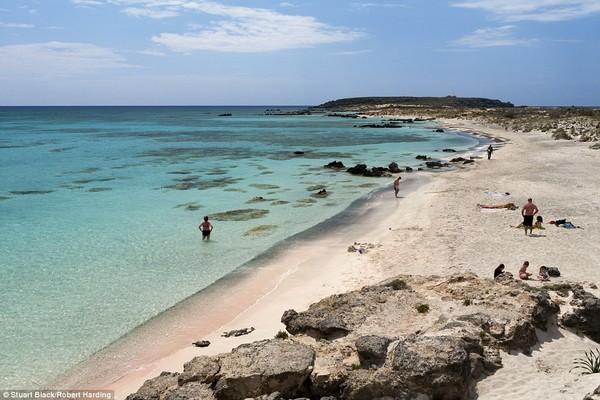 Αυτές είναι οι 10 ωραιότερες παραλίες της Μεσογείου! Φυσικά, η χώρα μας δεν λείπει!