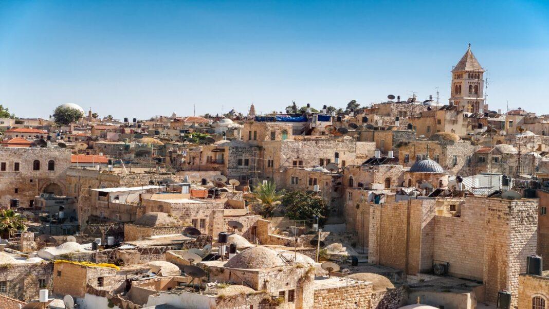 Οι 10 πόλεις που ενθουσιάζουν τους ταξιδιώτες